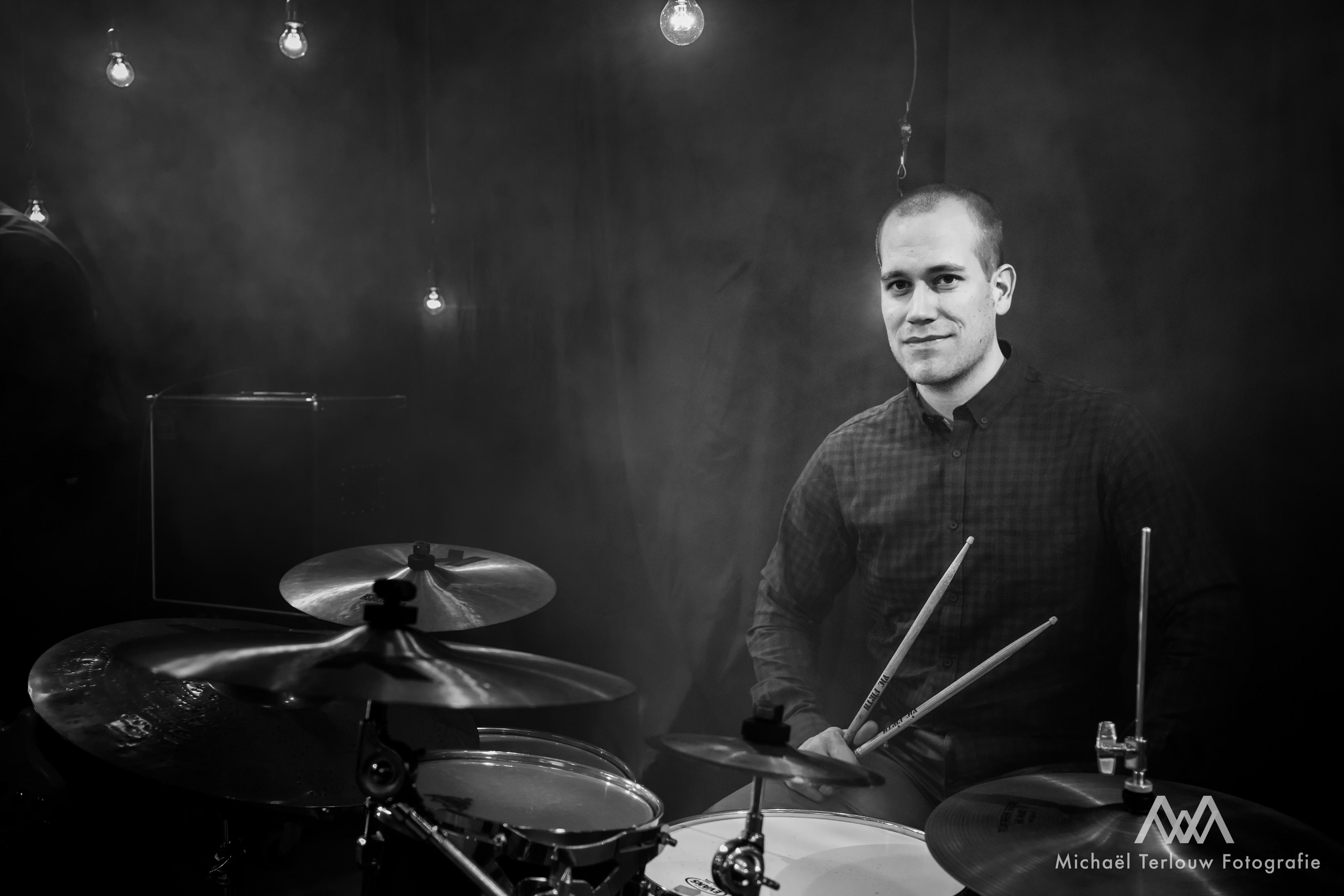 Paul van Loo (drums)