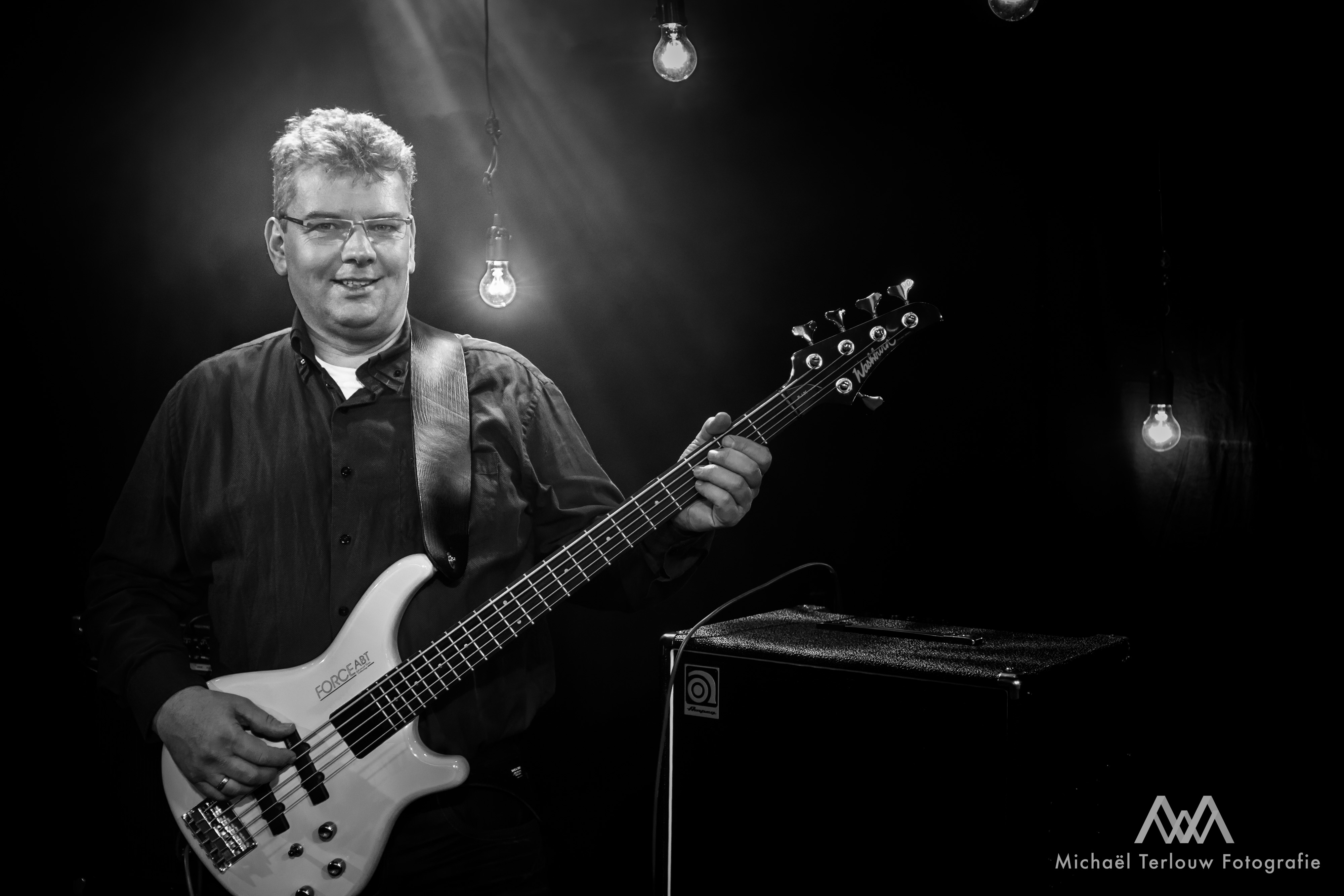 Nico van Putten (bas)